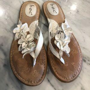 b.o.c. Adney Flat Floral Sandal size 10